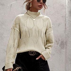 mock neck textured kni cuff sleeve sweater cream